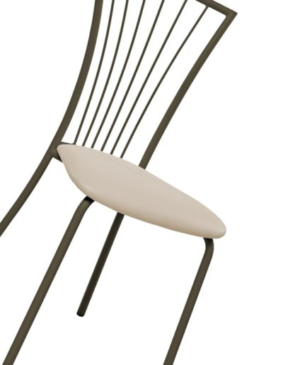 chaise-metal-simili-cuir-400x516